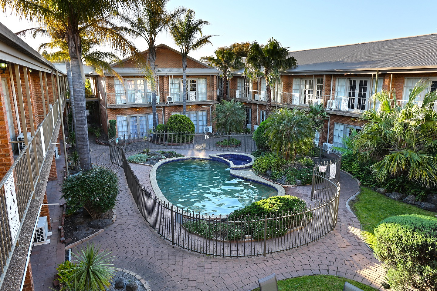 Quality Hotel Melbourne Airport - Accommodation Ballina