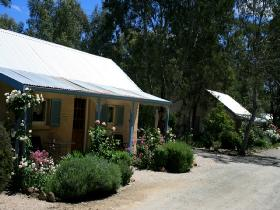 Riesling Trail Cottages - Accommodation Ballina