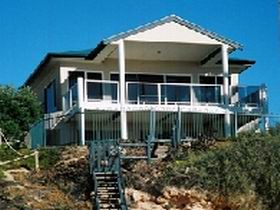 Top Deck Cliff House - Accommodation Ballina