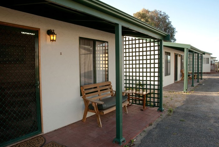 Moonta Bay Road Cabins and Cottages - Accommodation Ballina