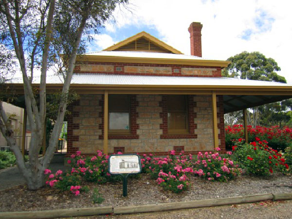 Clydesdale Cottage BB - Accommodation Ballina