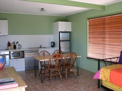 Fossickers Cottages - Accommodation Ballina