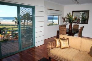 Currumbin Sands on the Beach - Accommodation Ballina