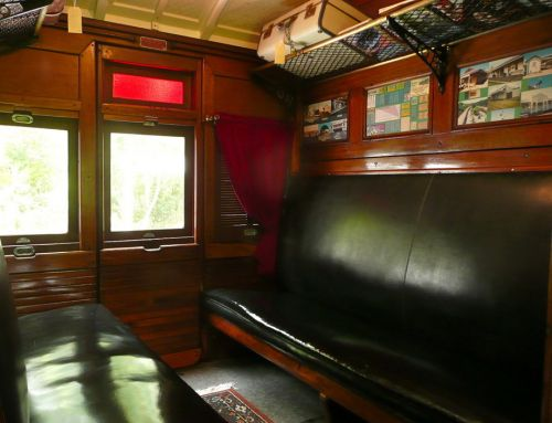 Mt Nebo Railway Carriage amp Chalet - Accommodation Ballina