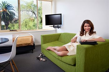 City Edge Serviced Apartments East Melbourne - Accommodation Ballina