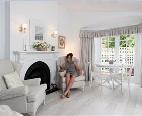 White Dove Cottage Bed and Breakfast - Accommodation Ballina