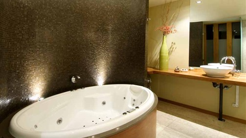 Hepburn Spa Pavilions - Saffron - Accommodation Ballina