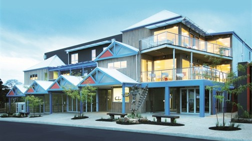 The Island Accommodation - Phillip Island YHA