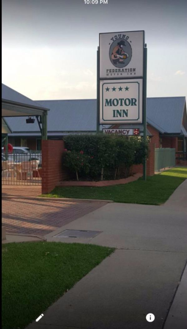 Federation Motor Inn Young - Accommodation Ballina