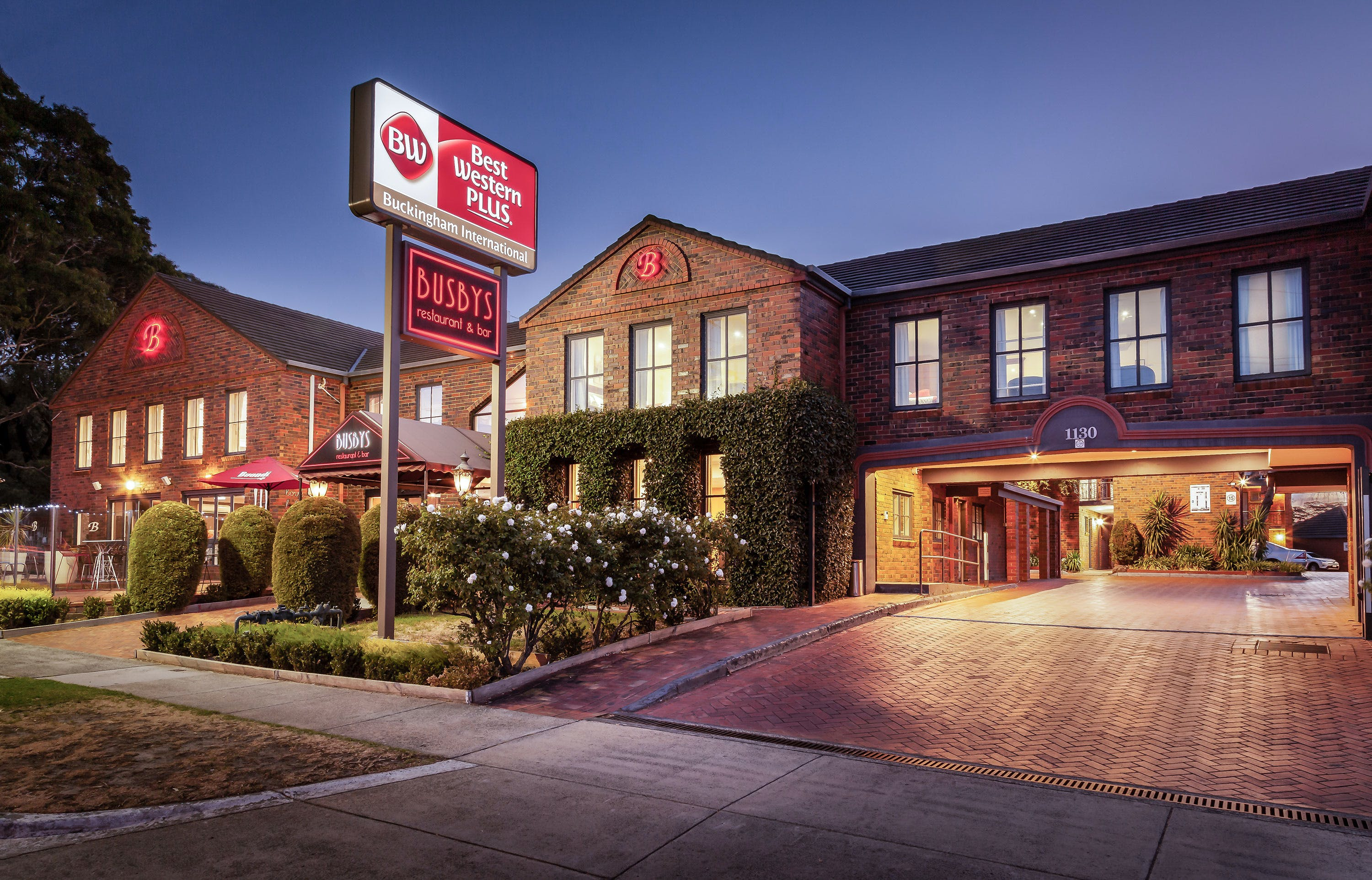 Best Western Plus Buckingham International - Accommodation Ballina