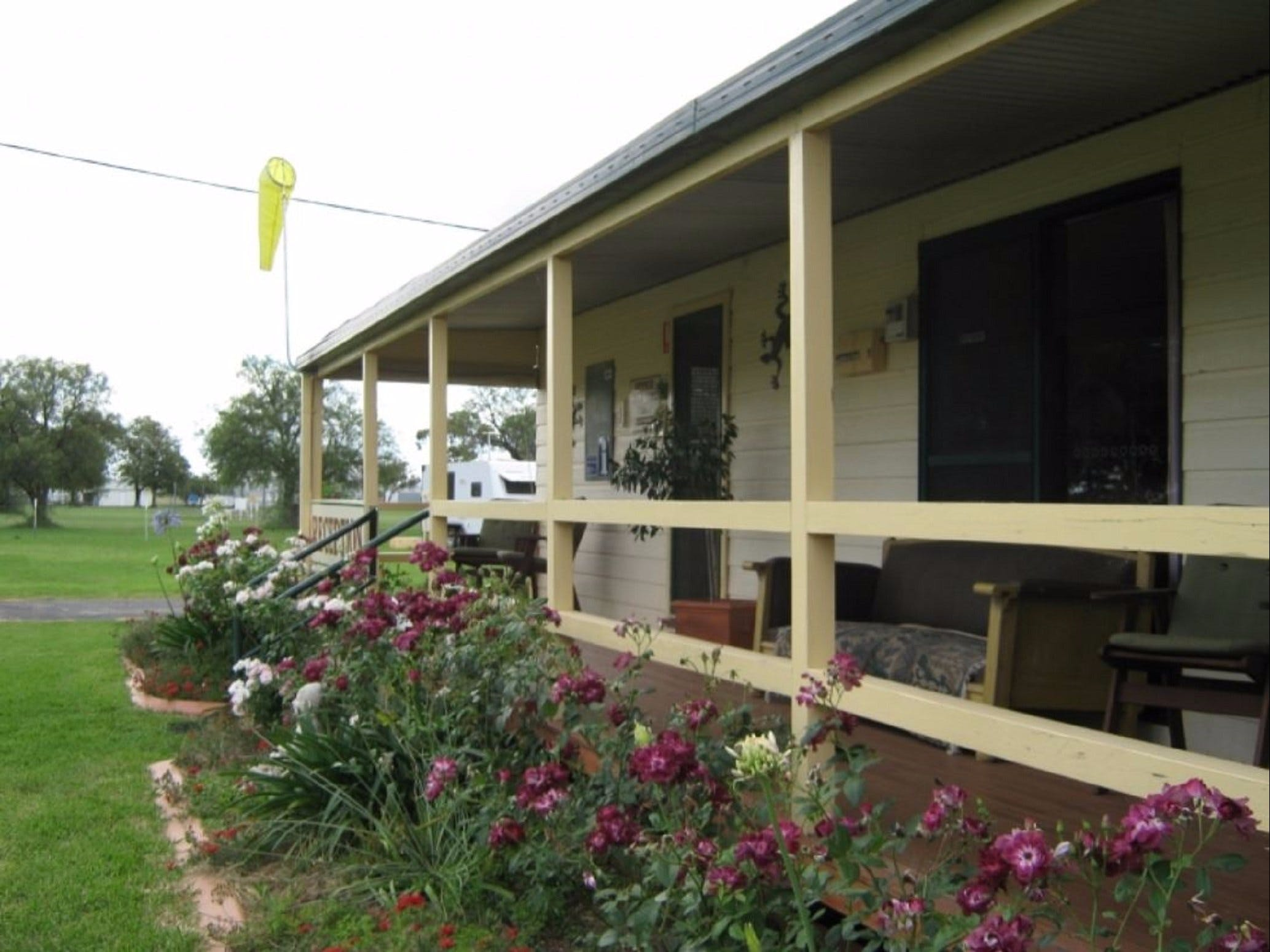 Narromine Aerodrome Tourist Park and Motel - Accommodation Ballina