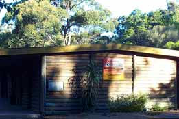Beachcomber Caravan Park  Log Cabins - Accommodation Ballina