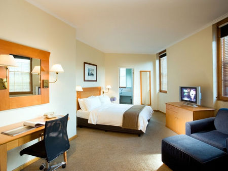 Holiday Inn Old Sydney - Accommodation Ballina
