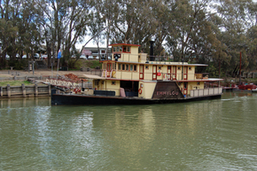 Emmylou Paddle Steamer - Accommodation Ballina