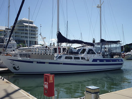 Coral Sea Dreaming Dive and Sail - Accommodation Ballina