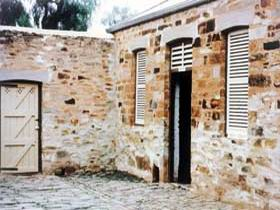 Police Lockup And Stables - Accommodation Ballina