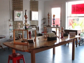 Portside Open Studio/Gallery of GINA - Accommodation Ballina