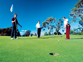 Oatlands Golf Course - Accommodation Ballina