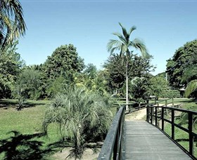 Ingham Memorial Gardens - Accommodation Ballina