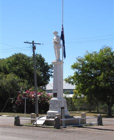Aramac War Memorial - Accommodation Ballina