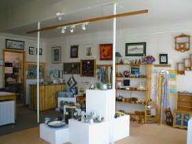 Great Alpine Gallery - Accommodation Ballina