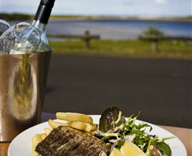 Hedys Restaurant at the Heads Hotel - Accommodation Ballina