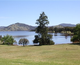 Inland Waters Holiday Parks Grabine Lakeside - Accommodation Ballina