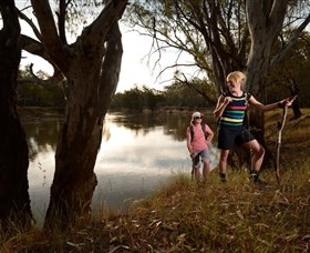Narrandera Bike and Hike Track - Accommodation Ballina