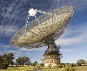 CSIRO Parkes Radio Telescope - Accommodation Ballina