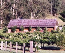 Undercliff Winery and Gallery - Accommodation Ballina