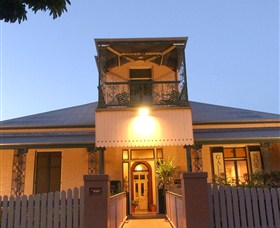 Grafton Regional Art Gallery - Accommodation Ballina