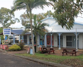 Laurieton Riverside Seafoods - Accommodation Ballina