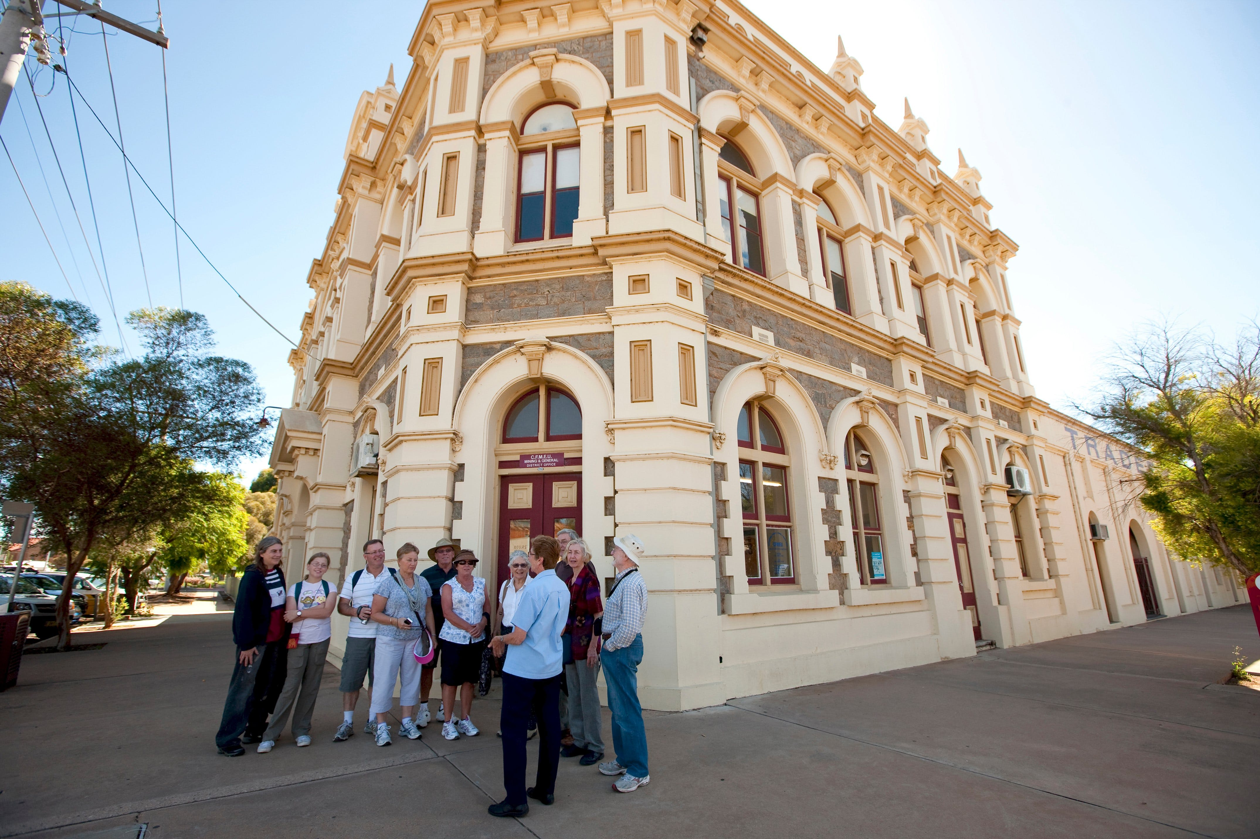 Broken Hill Heritage Walk Tour - Accommodation Ballina