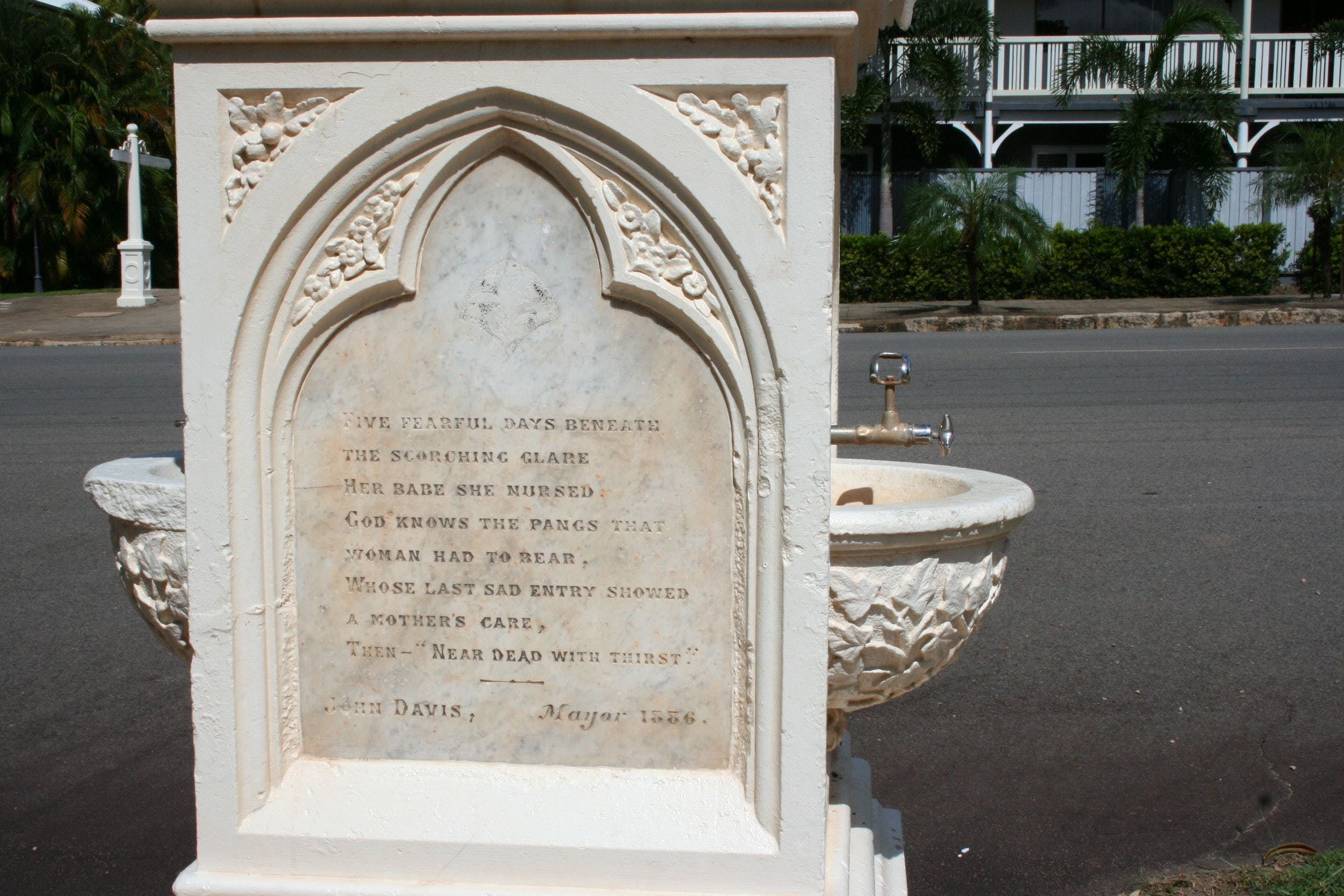 Mary Watson Monument Cooktown - Accommodation Ballina