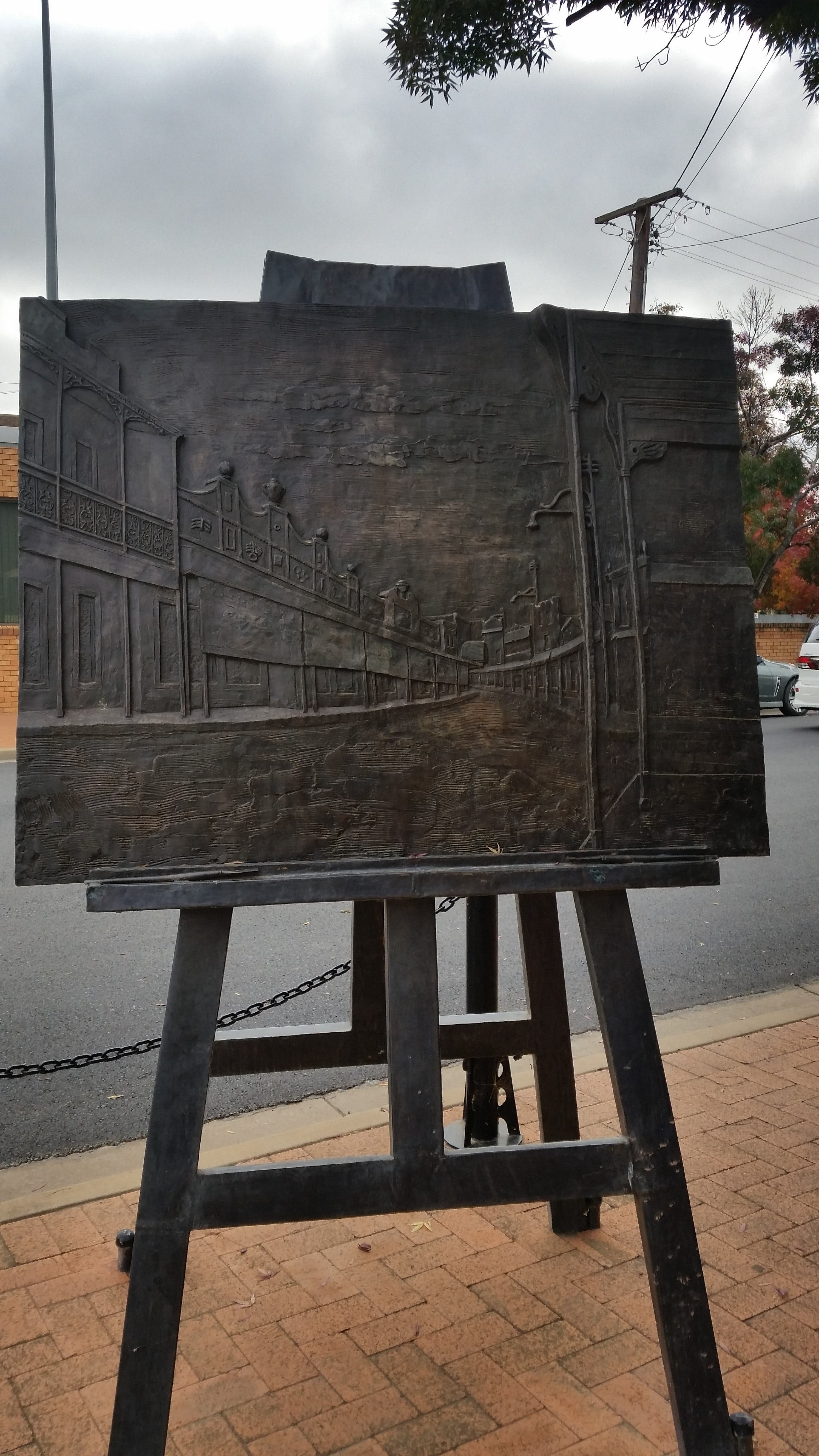 Russell Drysdale Easel Sculpture - Accommodation Ballina