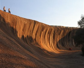 Wave Rock - Accommodation Ballina