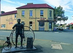 Clarendon Arms Hotel - Accommodation Ballina