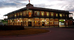 The Grand Terminus Hotel - Accommodation Ballina