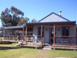 The Globe Hotel. Rylstone - Accommodation Ballina