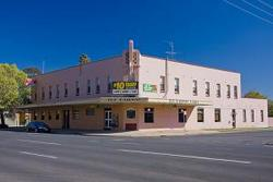 Railway Hotel - Accommodation Ballina