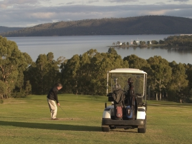 North West Bay Golf Club - Accommodation Ballina