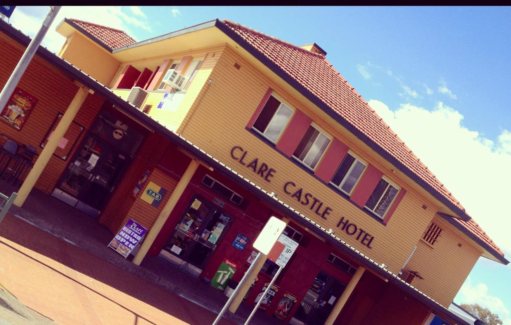 Clare Castle Hotel - Accommodation Ballina