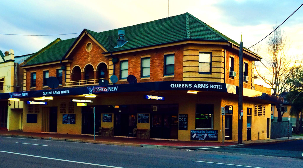 Queens Arms Hotel - Accommodation Ballina
