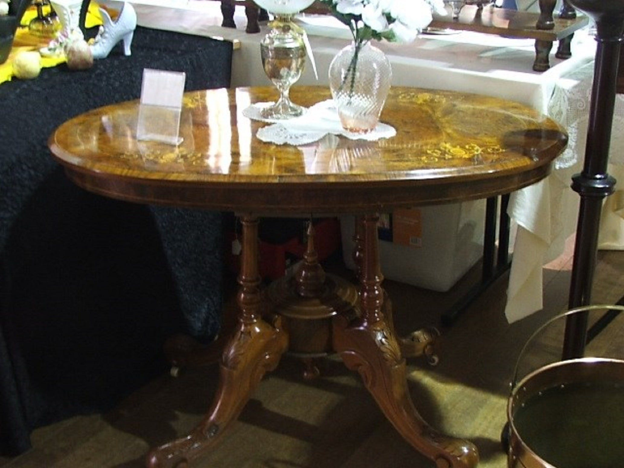 Berry Antiques and Collectables Fair - Accommodation Ballina