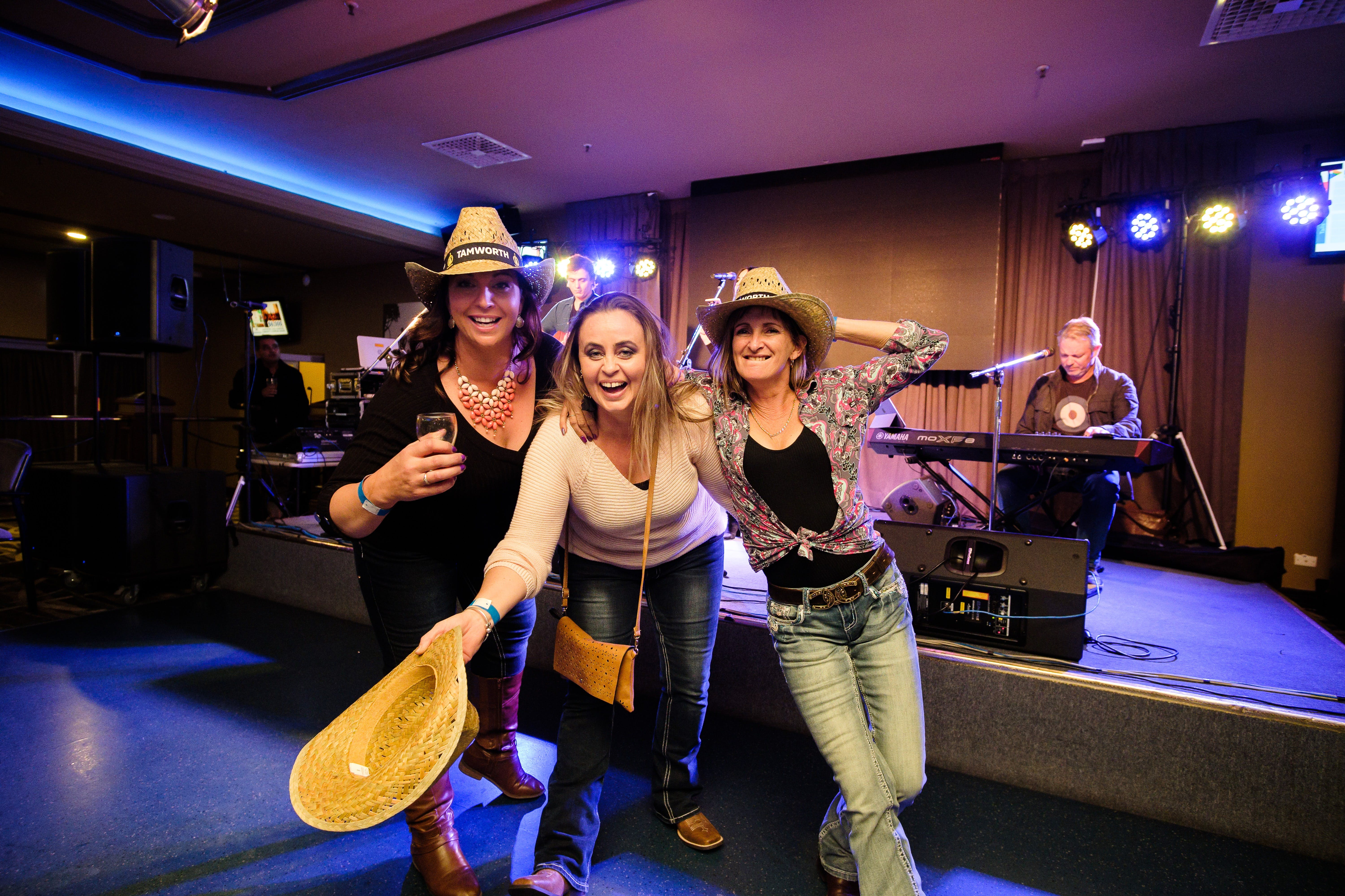Hats Off to Country Music Festival - Accommodation Ballina