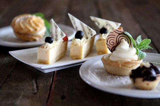 Orio Cafe Patisserie Bar - Accommodation Ballina