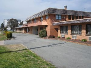 Canberra Lyneham Motor Inn - Accommodation Ballina