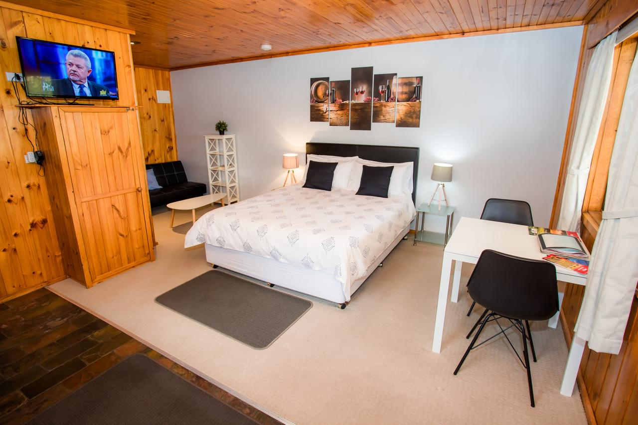 Seppelts View Cabins - Accommodation Ballina