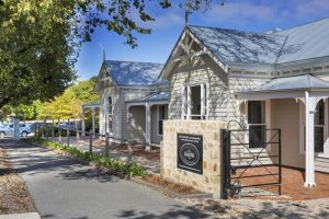 Grandview Homes Accommodation - The Adelaide - Accommodation Ballina