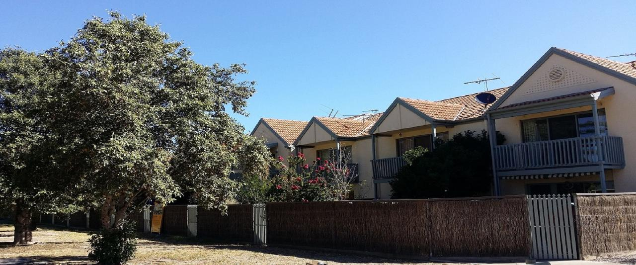 Townhouse On The Marina - Accommodation Ballina
